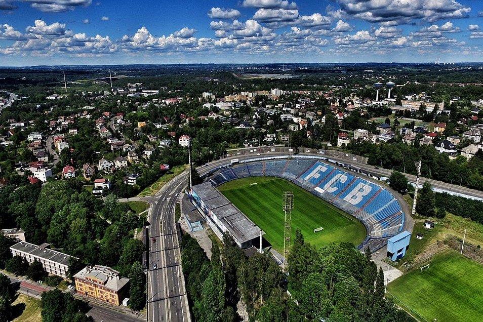 Stadion Bazaly.