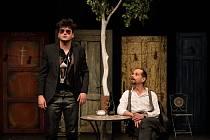 Představení Mandragora: Šimon Krupa (vlevo) a Michal Čapka (vpravo)