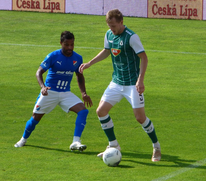 Fotbalisté Baníku Ostrava se v sobotním úvodním kole FORTUNA:LIGY představili na hřišti Jablonce.