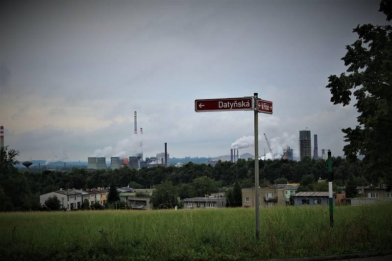 Část panoramatu Vratimova tvoří kunčická huť Liberty Ostrava.