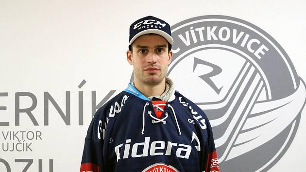 Josef Hrabal v dresu Vítkovic.