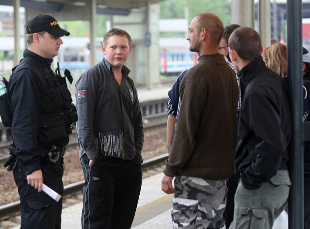 Fanoušci Baníku odjeli dopoledne do Prahy na Spartu