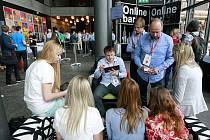 Konference Shopexpo v Ostravě. Unikátní akce kombinuje klasickou konferenci, expozice a workshopy s kulturním programem a řadou neformálních setkání nad aktuálními tématy z oblasti e-commerce, tedy elektronického obchodování.