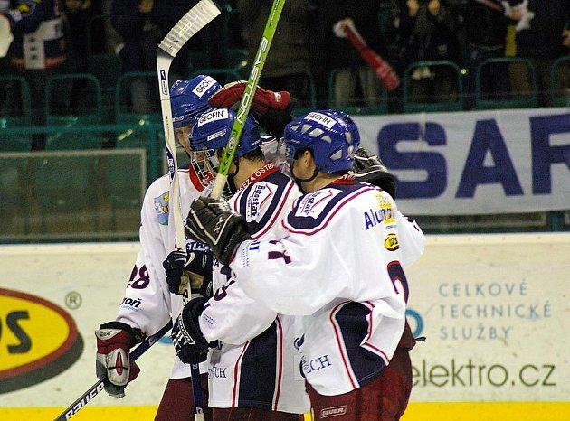 Radost hokejistů Sarezy