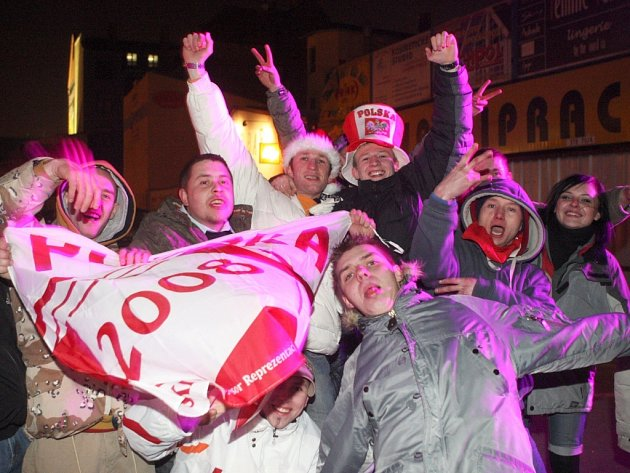 Silvestrovské oslavy v Ostravě-Radvanicích a na Stodolní ulici v centru Ostravy.