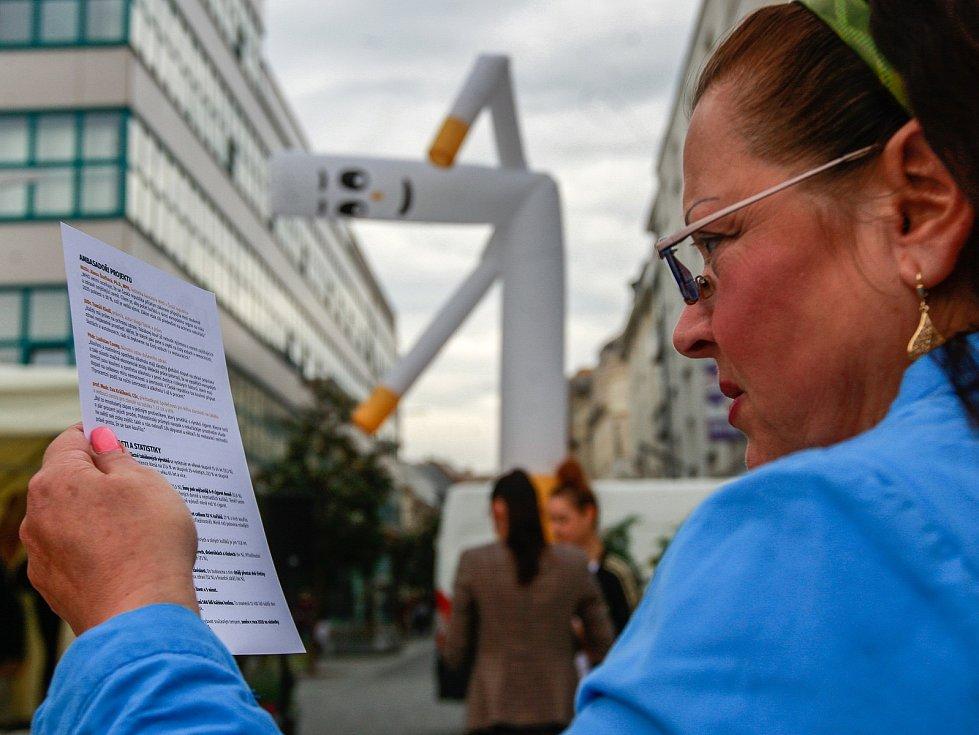 Akce věnovaná protikuřáckému zákonu se konala ve středu 6. září na Masarykově náměstí v centru Ostravy.