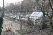 Klidová oblast v ulici Elektrárenské má zmizet. Podle plánů tady má vyrůst skladovací hala.