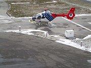 VRTULNÍK PRO LETECKOU ZÁCHRANNOU SLUŽBU v našem kraji od letošního ledna provozuje rakouská společnost Helikopter Air Transport.