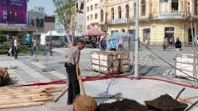 Oprava Masarykova náměstí finišuje