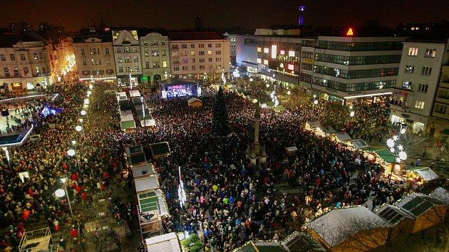 Rozsvícení vánočního stromu v Ostravě