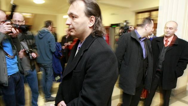 Po zrušení zatykače se Radomír Prus vrátil do České republiky, aby podle svých slov očistil své jméno.