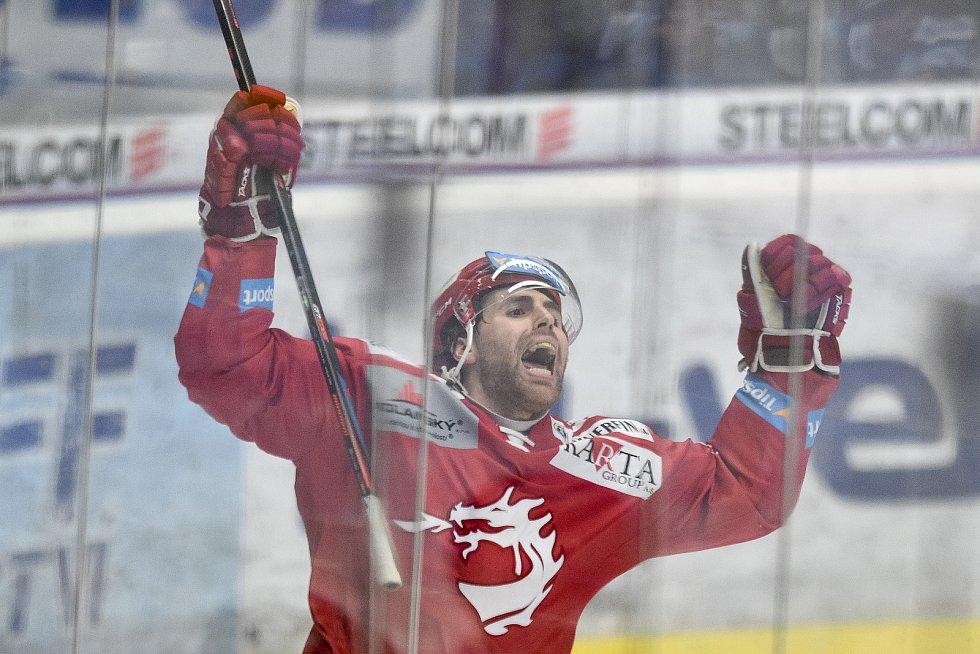 Čtvrtfinále play off hokejové extraligy - 4. zápas: HC Vítkovice Ridera - HC Oceláři Třinec, 25. března 2019 v Ostravě. Na snímku Ethan Werek.