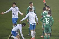 Utkání 11. kola první fotbalové ligy: FC Baník Ostrava - Bohemians Praha 1905, 11. prosince 2020 v Ostravě. Červenou kartu dostává hráč Tomáš Necid z Bohemians.