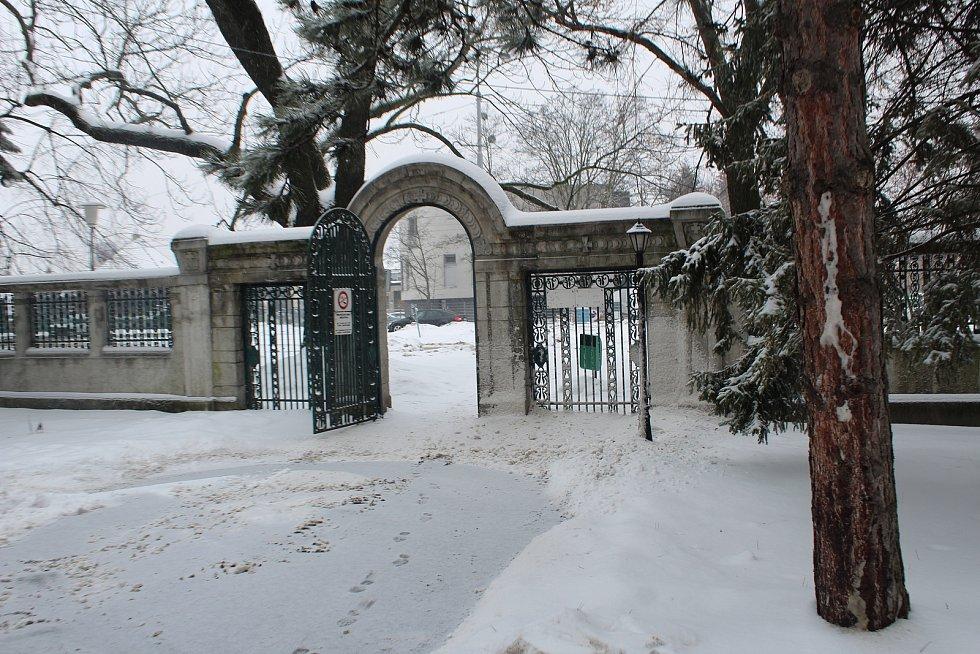 Vítkovický hřbitov je druhý největší v Ostravě