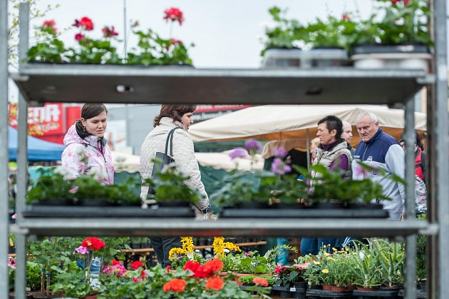 Farmářské trhy unákupního centra Futurum vOstravě  vsobotu 8.dubna.