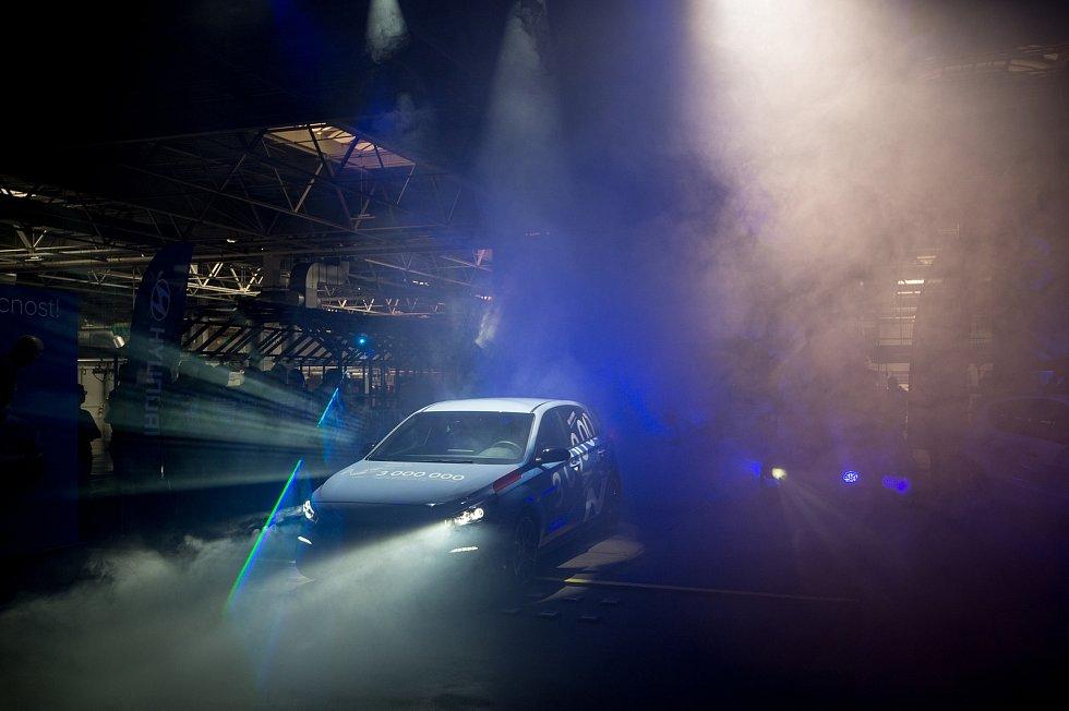 Z výrobní linky v nošovické továrně Hyundai sjel 30. května 2019 třímiliontý automobil Hyunda i30N.
