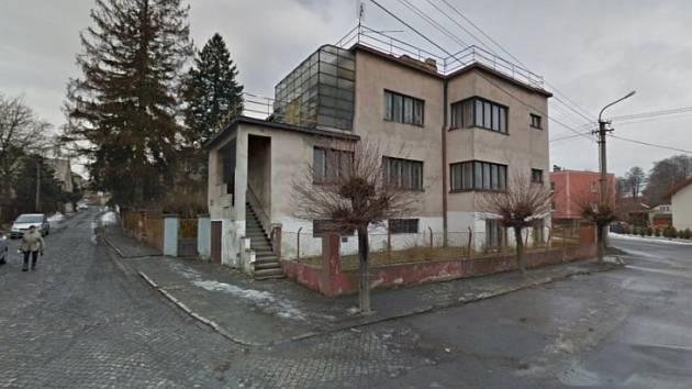 VILA Jarmily Glazarové v Klimkovicích v předchozím stavu.