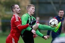 Záložník klubu FC Odra Petřkovice Jíří Darda (na snímku vpravo)