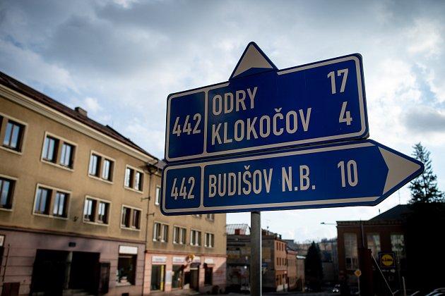 Město Vítkov se nachází vokrese Opava, vkraji Moravskoslezském.