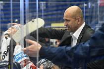 Trenér Vítkovic Miloš Holáň - 29. kolo Tipsport Extraligy HC VÍTKOVICE RIDERA - HC Oceláři Třinec, 26. prosince 2020 v Ostravě.