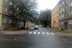 Slavíčkova ulice je jednosměrná.