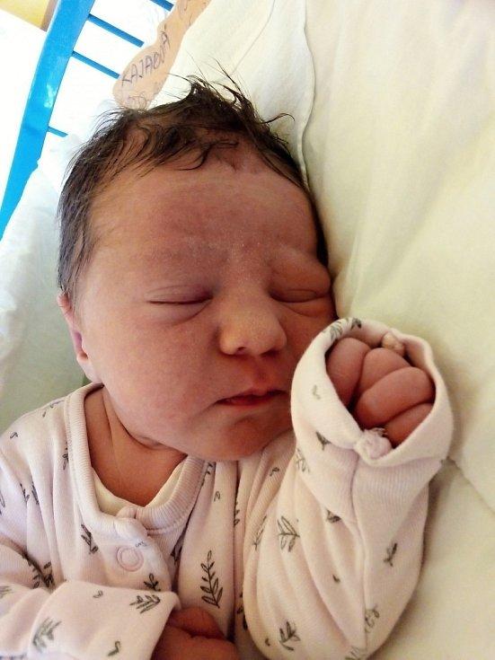 Viola Kajabová, Krnov, narozena 10. června 2021 v Krnově, míra 48 cm, váha 3110 g.
