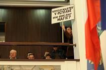 Snímek z prvního zasedání nově zvoleného zastupitelstva v říjnových komunálních volbách v Ostravě.