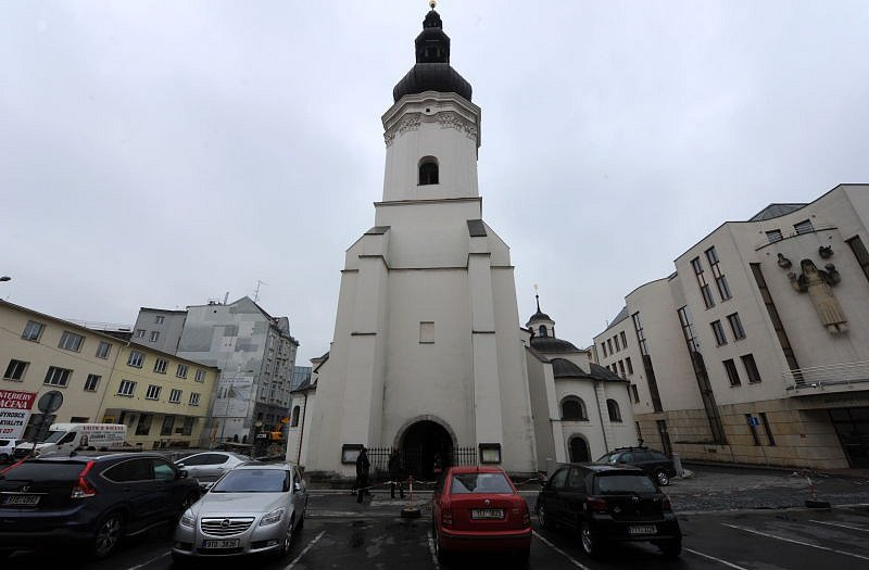 Kostel sv. Václava v centru Ostravy.