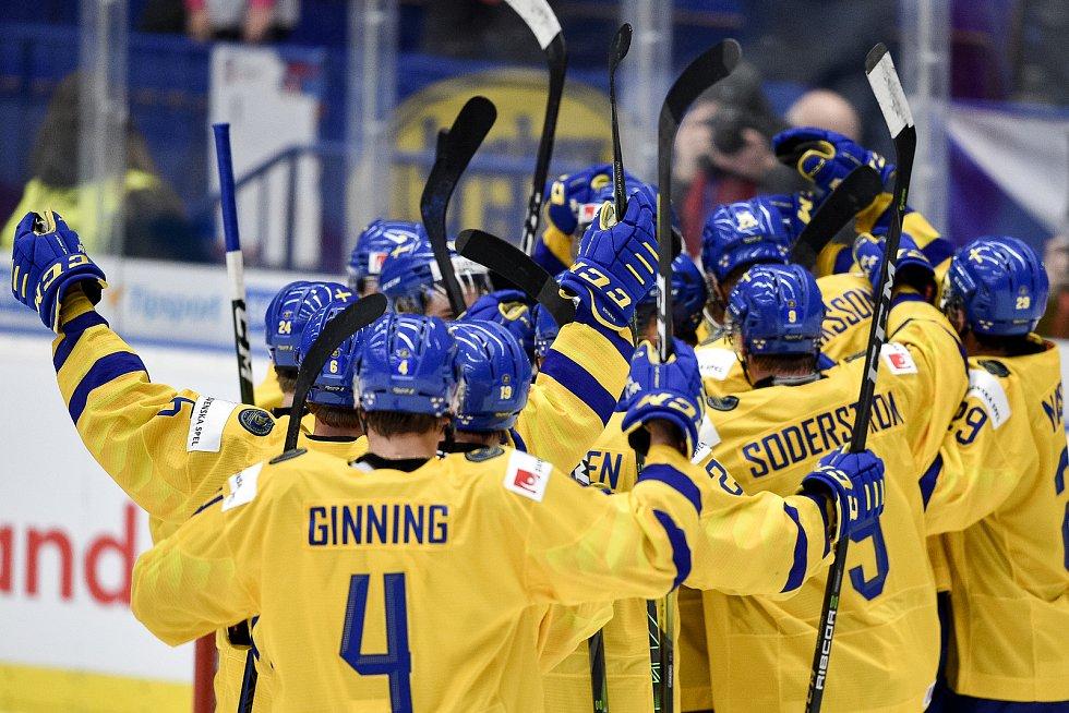 Mistrovství světa hokejistů do 20 let, čtvrtfinále: ČR - Švédsko, 2. ledna 2020 v Ostravě. Na snímku radost Švédska.