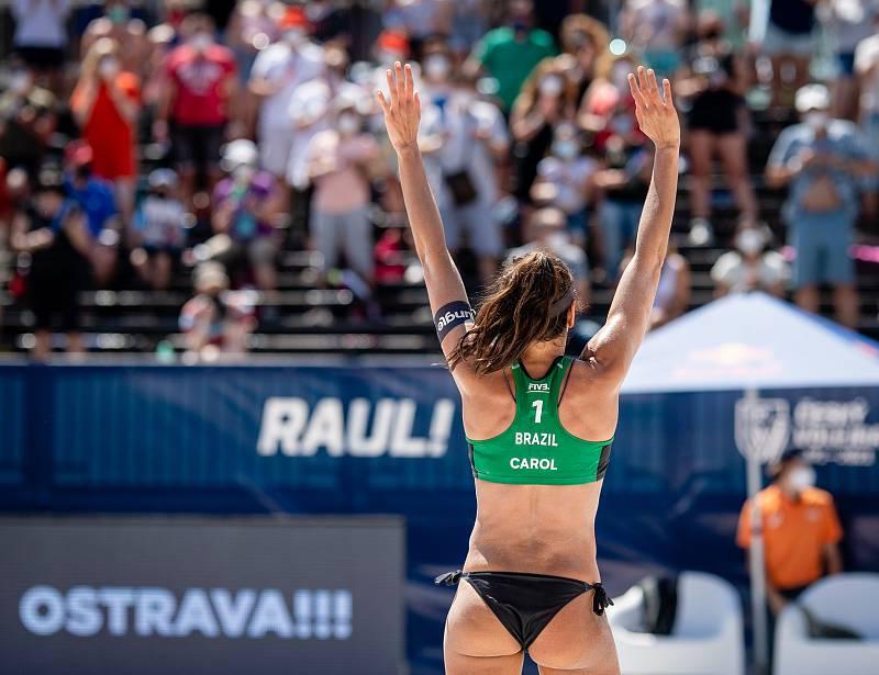 J&T Banka Ostrava Beach Open - zápas o 3. místo ženy, 6. června 2021 v Ostravě. Carolina Solberg Salgado (BRA).