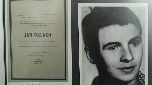 Oběť Jana Palacha měla v roce 1969 vyburcovat lidi ze začínající letargie a říci svým činem, že okupace cizími armádami nemůže být brána jako normální stav.