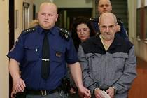 Veronika Lišková a Jan Kubánek podle obžaloby surově napadli svého známého.
