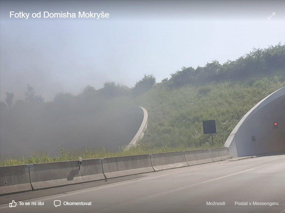 Požár automobilu uzavřel tunel na D1 u Klimkovic