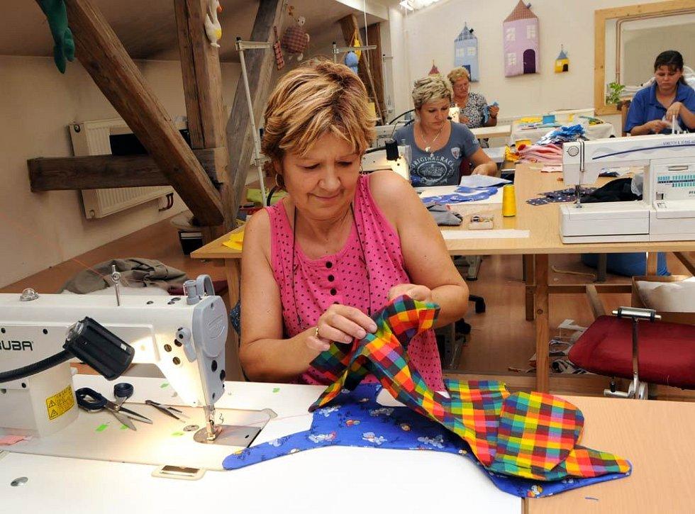 Pohled do chráněných dílen, ve kterých nabízí práci zdravotně postiženým lidem Charita Ostrava