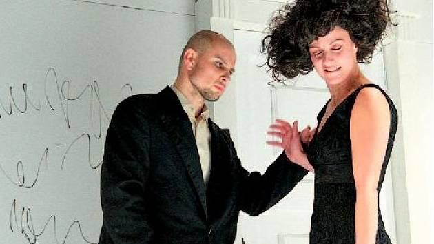 Divadlo Petra Bezruče uvede na svém zájezdu úspěšnou inscenaci Evžena Oněgina.
