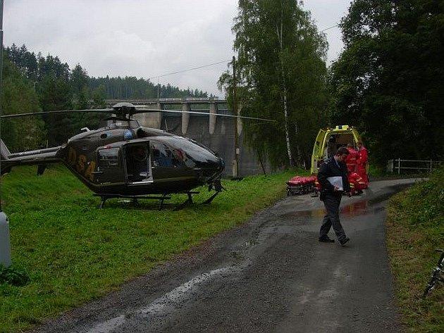 Vrtulník při zásahu