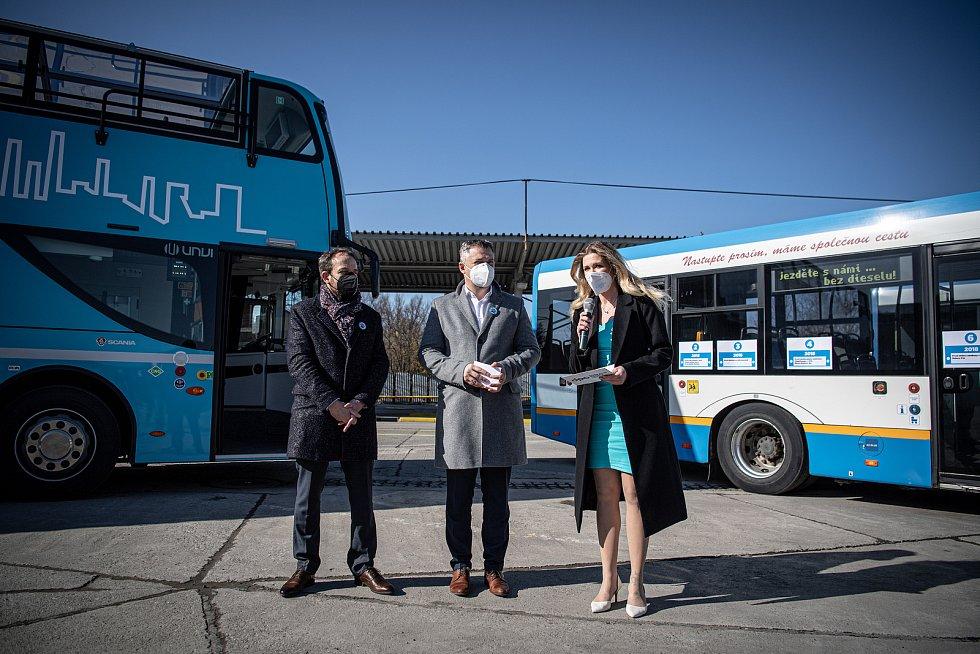Dopravní podnik Ostrava slavnostně vyřadil poslední dieselový autobus,  9. dubna 2021 v Ostravě. Zbývající dieselové autobusy jsou nově používané jako zálohy.