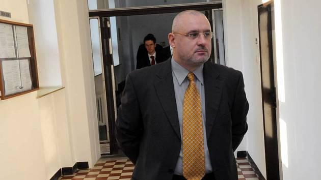 Petr Bezruč o ostravského krajského soudu