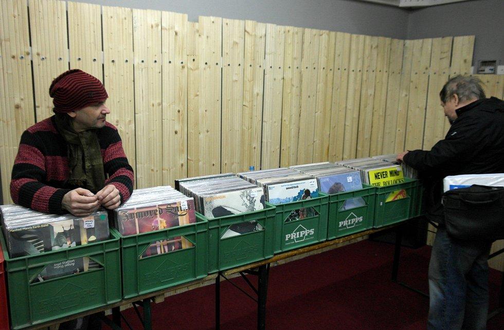 První novodobá vinylová burza v Ostravě, únor 2018. Ilustrační foto.