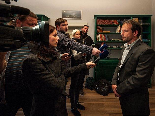Lídr hnutí ANO v Ostravě Tomáš Macura se dnes sešel se zástupci médii.