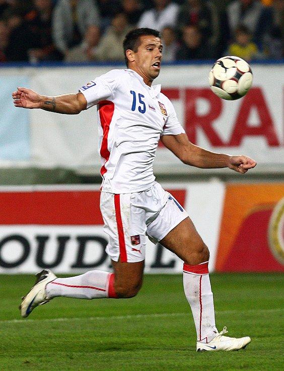 Milan Baroš během utkání se Slovinskem.