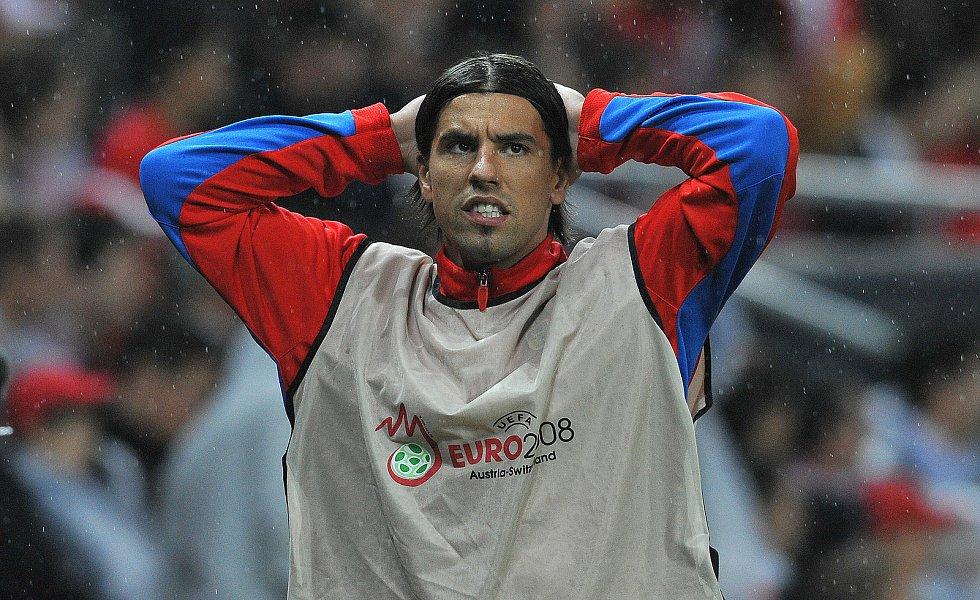 Milan Baroš během zápasu s Tureckem.