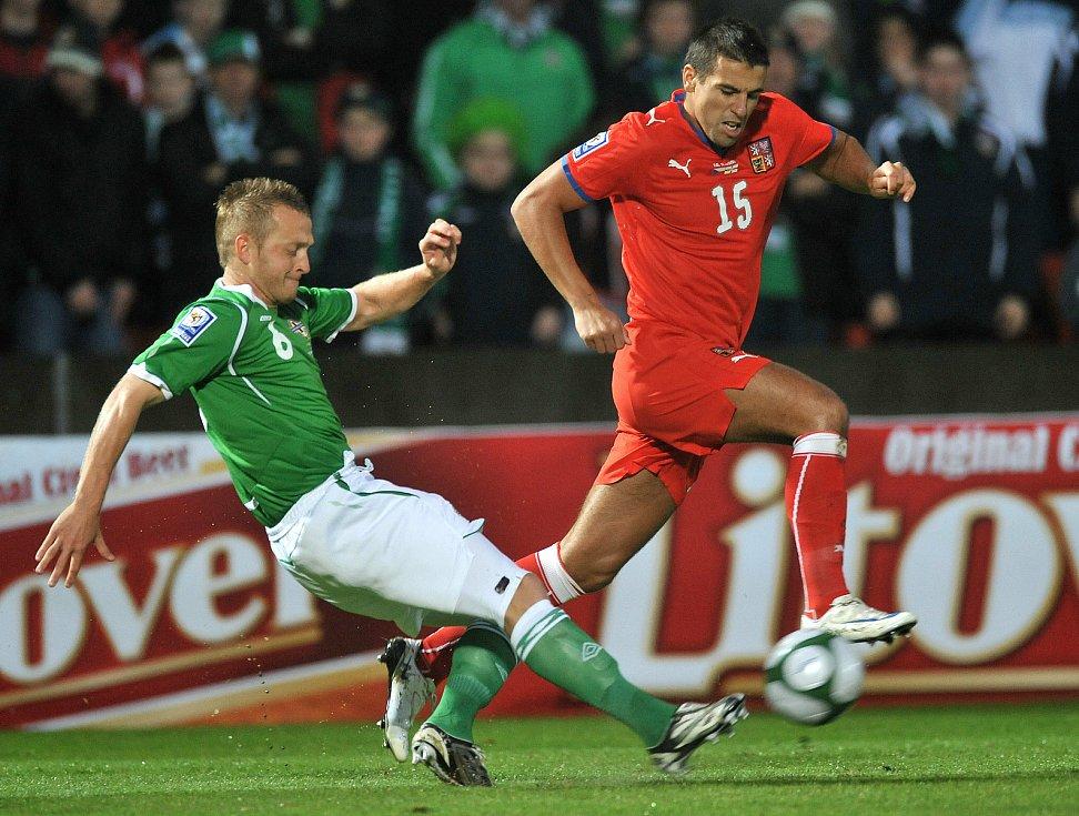 Milan Baroš při utkání se Severním Irskem.