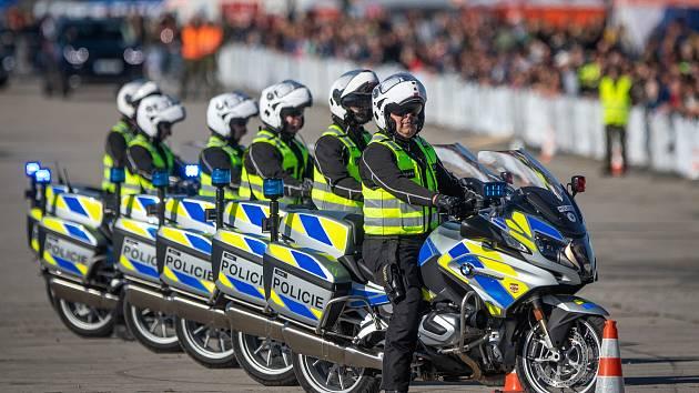 Dny NATO s sebou přinášejí davy diváků, ale i problémy v dopravě, jak upozorňují policisté, kteří se mimochodem na dnech také někdy představují.