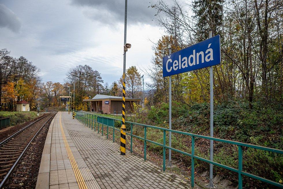 Stavba čtvrtstoletí, 12. listopadu 2019 v Čeladné. Železniční zastávka Čeladná.