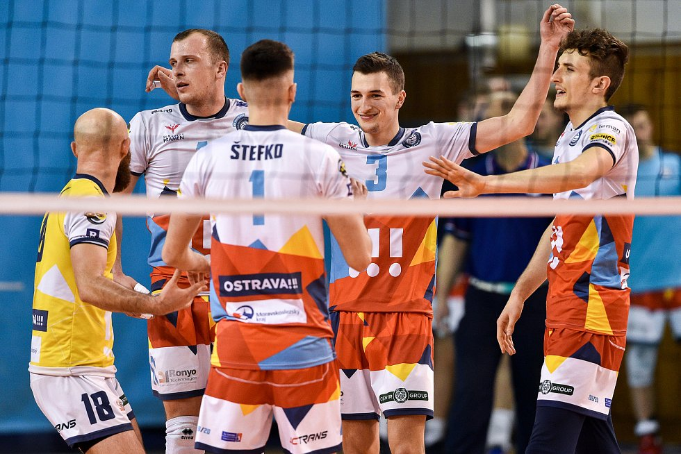 Zápas CEV Volleyball Cup 2020, VK Ostrava - Leo Shoes Modena, 12. února 2020 v Ostravě. Radost Ostravy Jakub Ihnát z Ostravy.