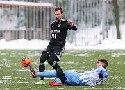 První přípravný zápas Tipsport ligy: Baník Ostrava - 1.SK Prostějov, 8. ledna 2019 v Orlové. Na snímku (zleva) Lukáš Pazdera z Baníku Ostrava.