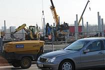 Nový Hornbach bude stát u Rudné ulice.