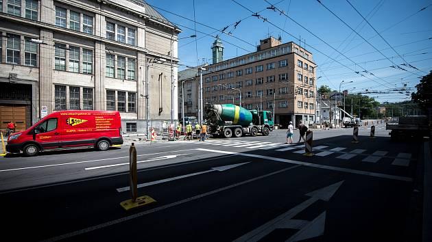 Rekonstrukce cesty Českobratrská x Sokolská, 1. července 2019 v Ostravě.