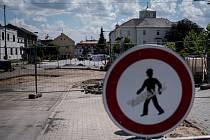 Výstava nového kruhového objezdu v Klimkovicích.